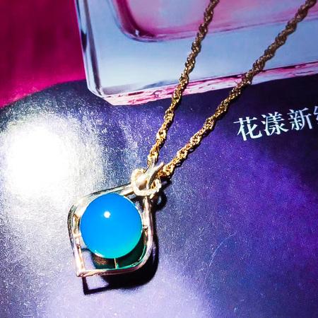 多米尼加蓝珀18K玫瑰金吊坠,简约细腻款,天空蓝颜色,超美的,送礼自留杠杠的
