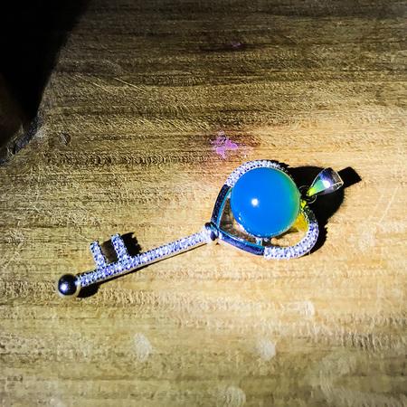 心形钥匙款吊坠 8.9mm顶级珠子