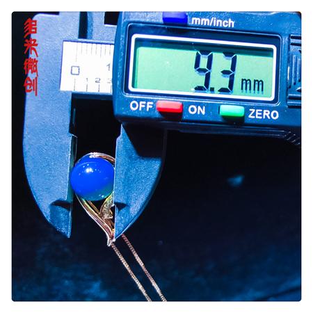 编号:C212M 18k南非足反钻石蓝珀吊坠,净水天空蓝 宁静深邃,神秘而高贵
